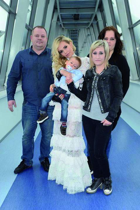 Doda z Fabiankiem i jego rodziną